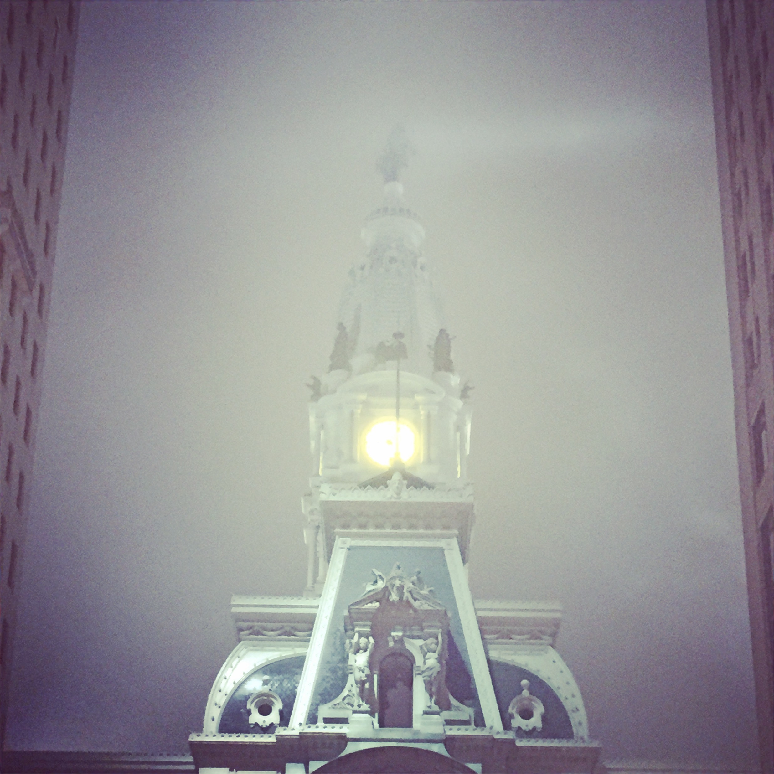 Fog, City Hall